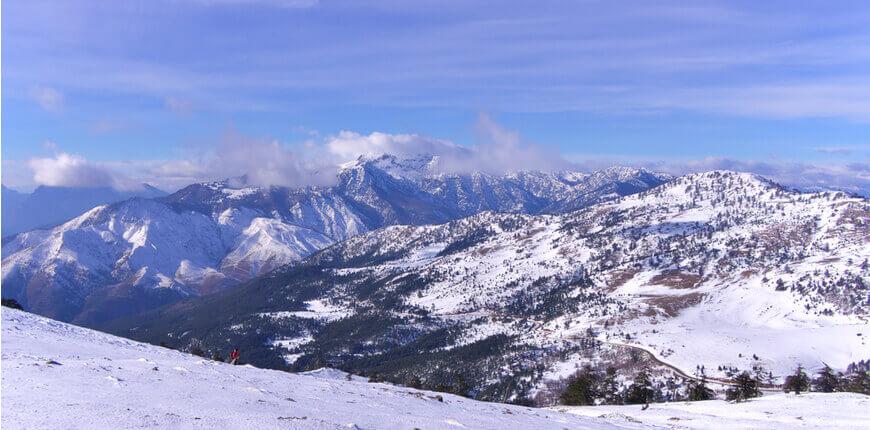 Top 7 Ski Resorts in Greece - Greek Transfer Services