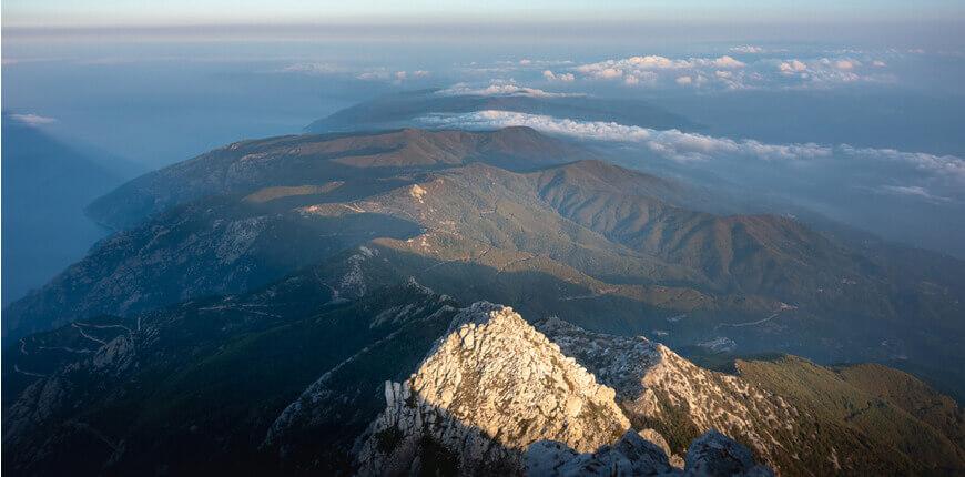 Explore the mountainous side of Halkidiki - Mount Cholomondas - Greek Transfer Services