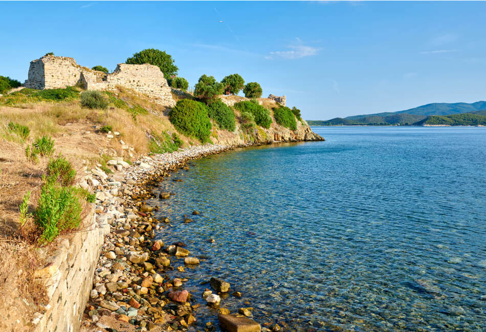 The Best Historical Places in Halkidiki - Likithos Castle - Greek Transfer Services