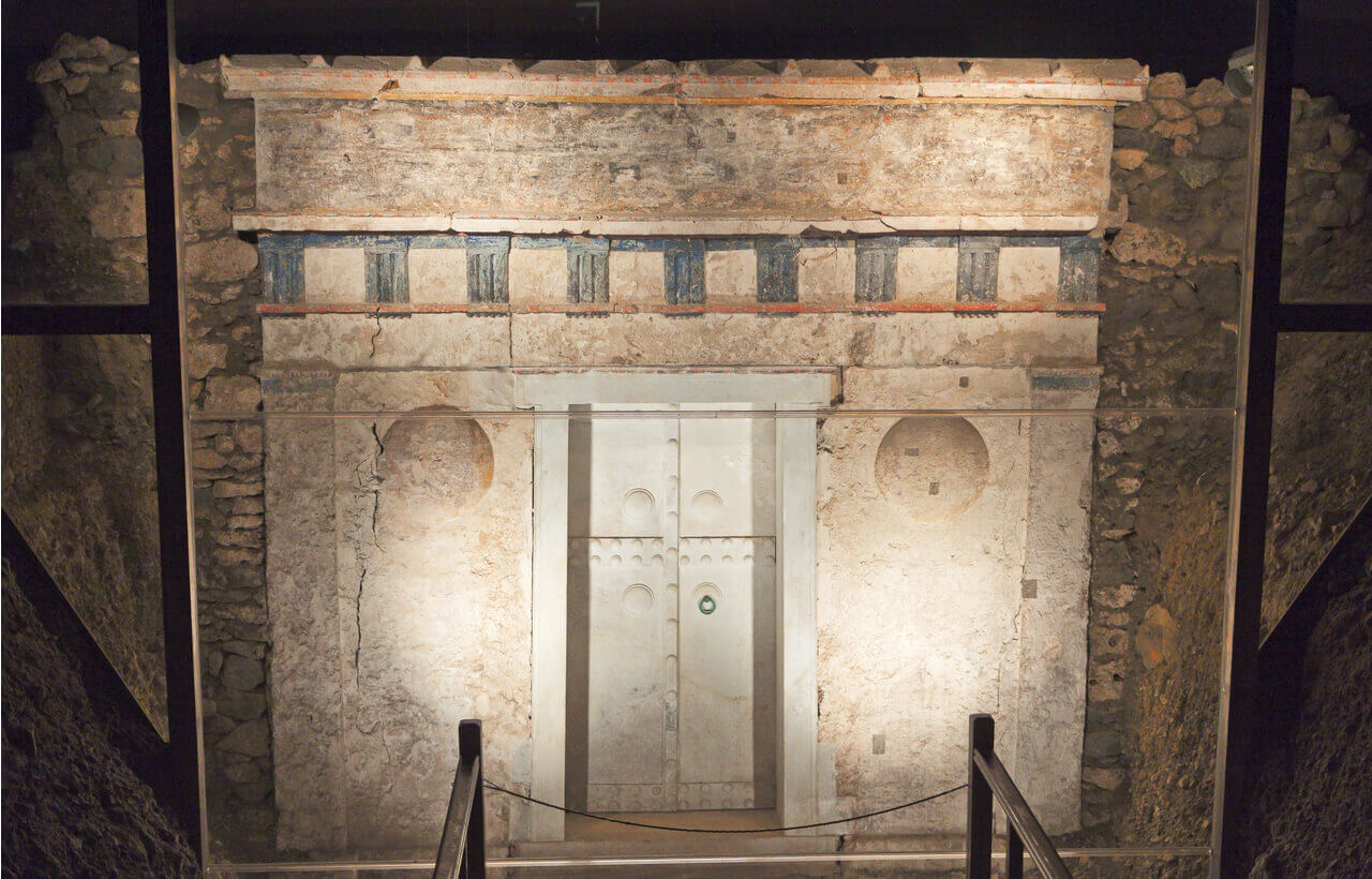 Ancient Macedonian Tomb of king Philip the Second - Vergina - Greek Transfer Services